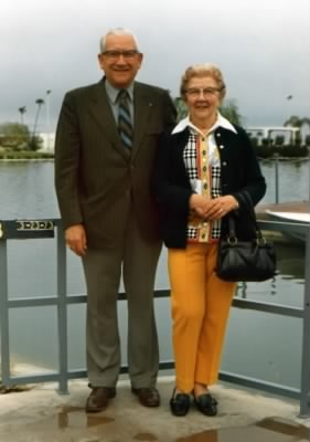 Ruth and Clint Lundberg