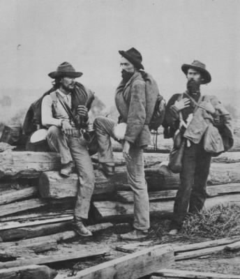 three-confederate-soldiers.jpg - Fold3.com