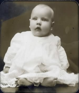 "baby photo of Charles Holmes Arte (""RT"") Yates"