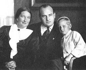 Hans Frank & his sons Niklas and Norman