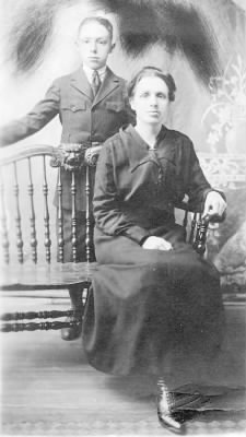 Raymond Lawrence and his mother Phoebe (Van Kleeck) Lawrence