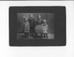 the monson children nebraska 1911.jpeg