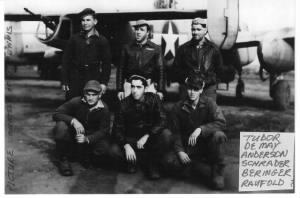 Lt DeMay and his B-25 CREW /Ed Ennis Photo