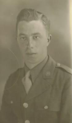 David Armour Holbrook enlistment photo 1942