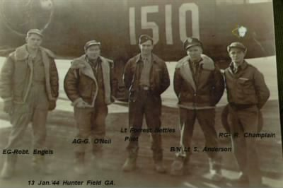 Lt Forrest T Nettles, Pilot leaving with his CREW to go over seas. - Fold3.com