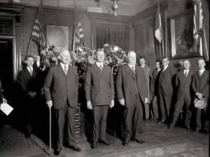 799px-Swearing_in_of_Secretary_Dwight_Davis.jpg