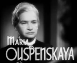 Maria_Ouspenskaya_in_Waterloo_Bridge_trailer.jpg