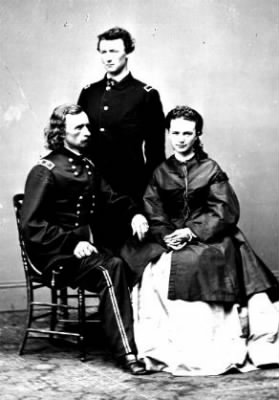 George, Tom, Libbie Custer.jpg