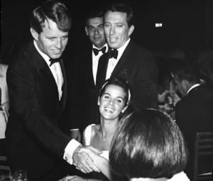 andy_williams_bobby_kennedy.jpg
