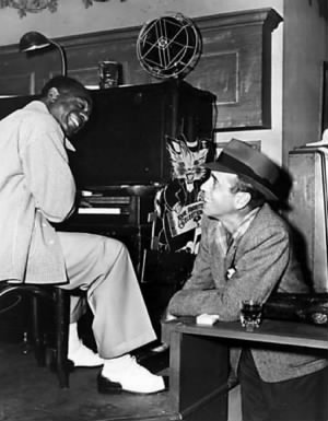 Humphrey-Bogart-and-Dooley-Wilson-hanging-out-on-the-set-of-Casablanca-1942.jpg