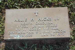 Arlie Hugh Hicks, Jr. Headstone.jpg